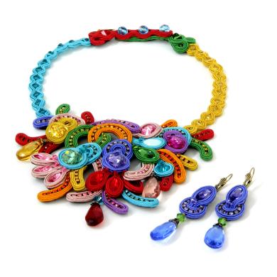 Dori Czengeri: Folies Necklace and Earrings